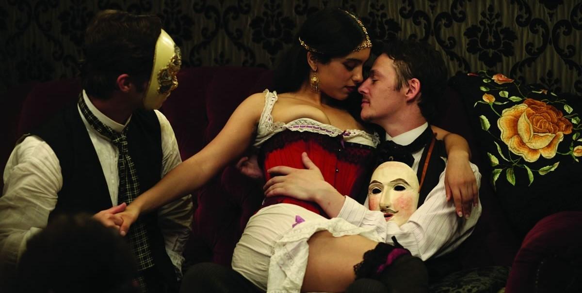 Русское фильм о распутных девушек под юбочку видео